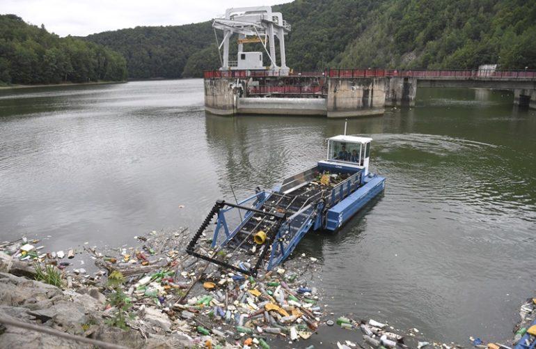 odpad, čistenie priehrady, čistenie, Ružín, zbieranie odpadu,